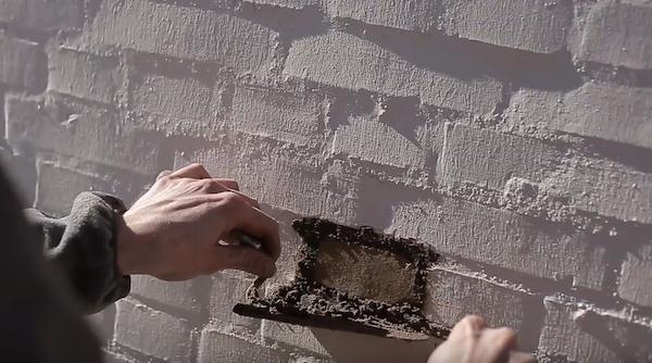 Mørtel på musten i mur